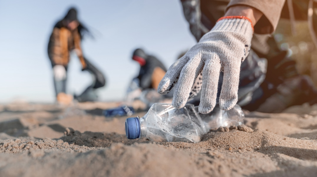 plastic waste collection from the environment